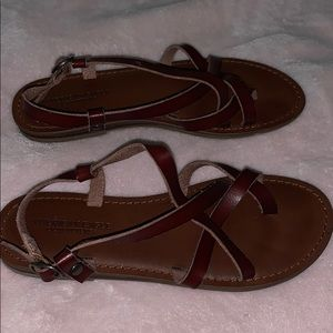 American Eagle Strappy sandals
